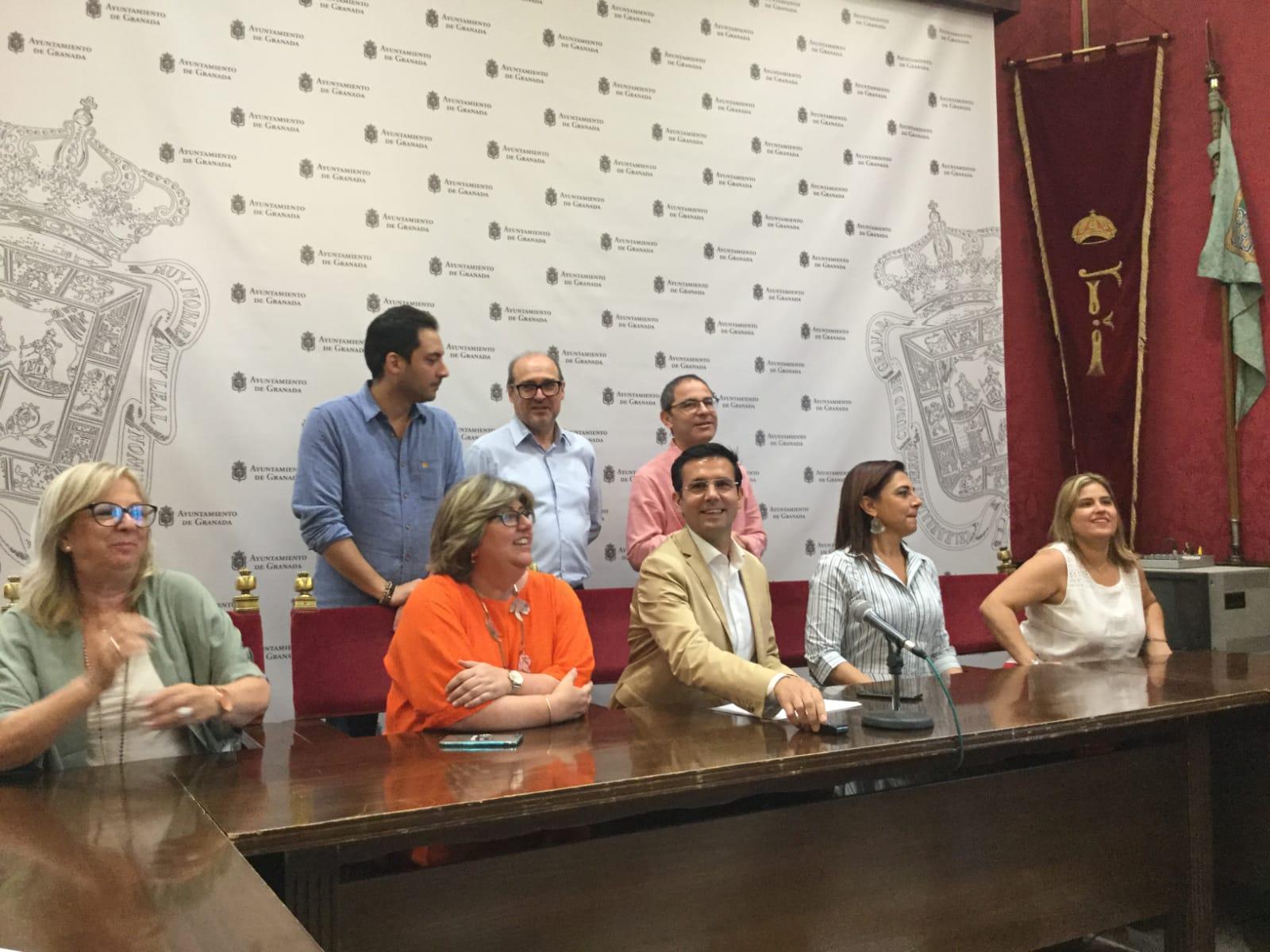 """Cuenca asegura que el PSOE no va a ser """"compañero de viaje"""" de Vox"""