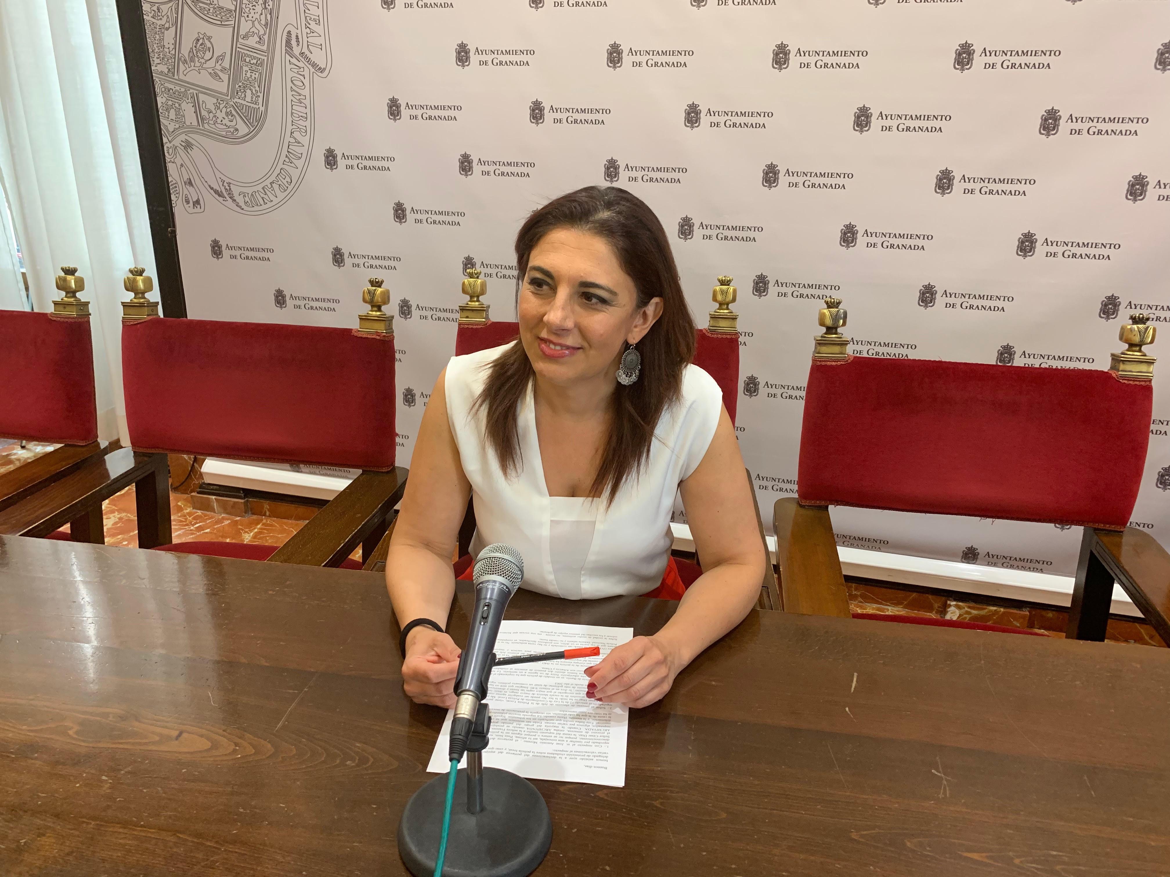 El PSOE advierte que volver a privatizar la seguridad de los edificios municipales tendrá un coste anual de un millón de euros