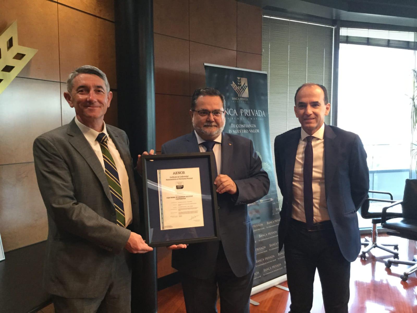 Caja Rural Granada obtiene el certificado AENOR de Asesoramiento en Patrimonio Personal