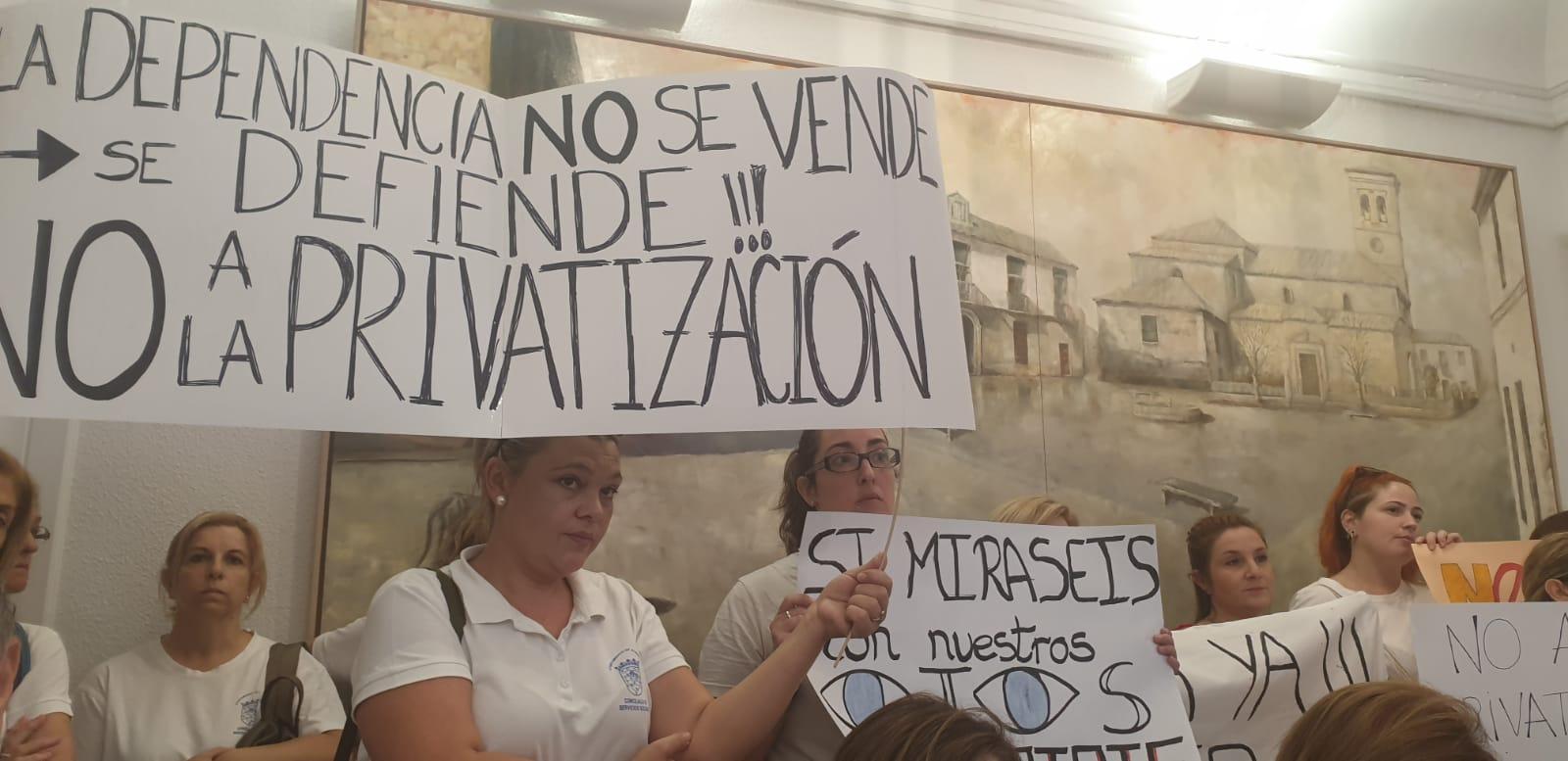 CCOO denuncia la privatización de la ayuda a domicilio de Albolote
