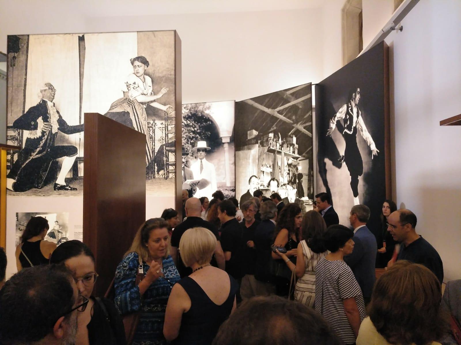 La Alhambra acoge a Manuel de Falla y su especial sombrero