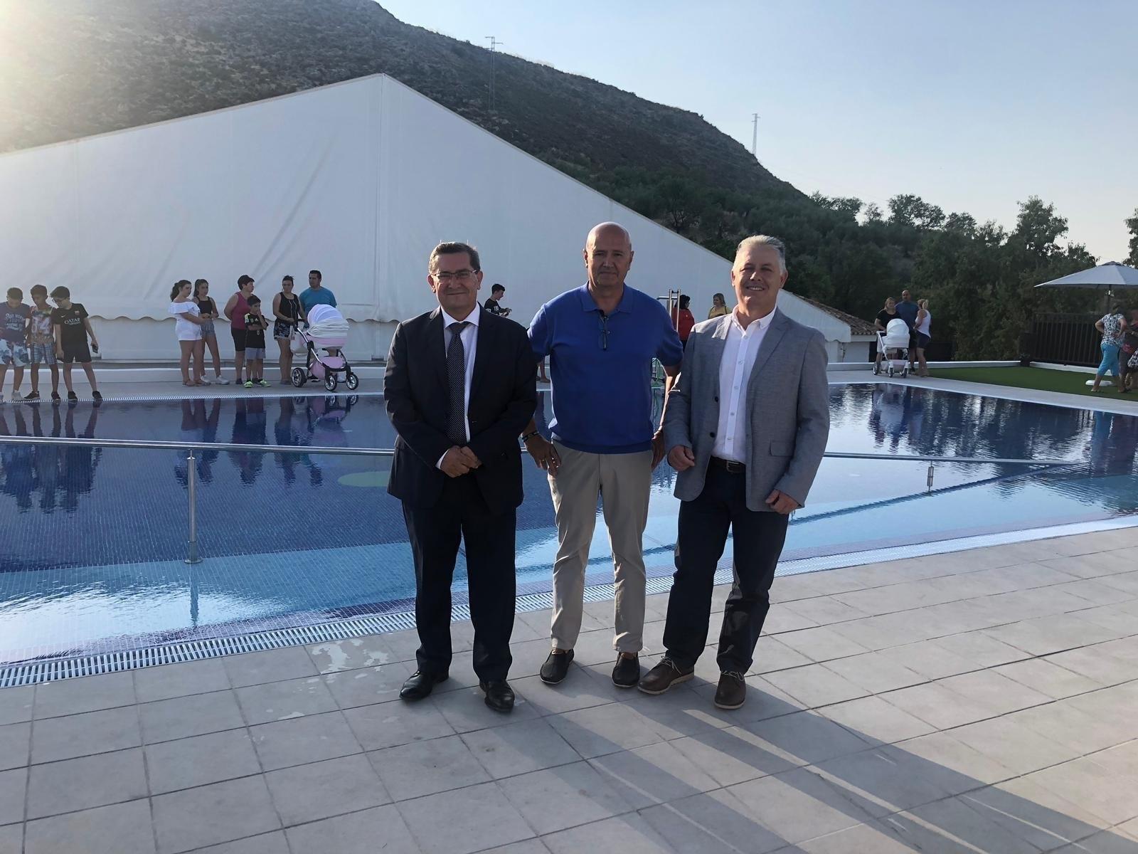 La Diputación invierte más de 220.000 euros en la reforma de la piscina municipal de Colomera