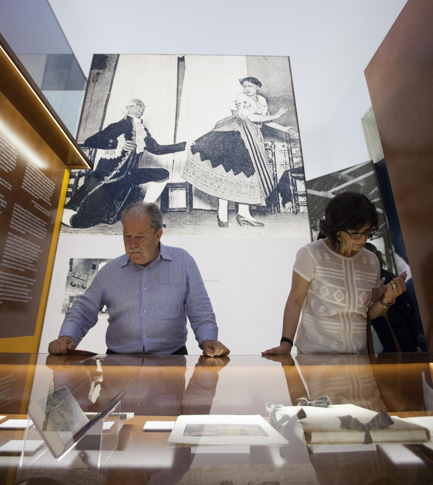 La Alhambra ofrece visitas guiadas gratuitas a la exposición sobre 'El sombrero de tres picos'