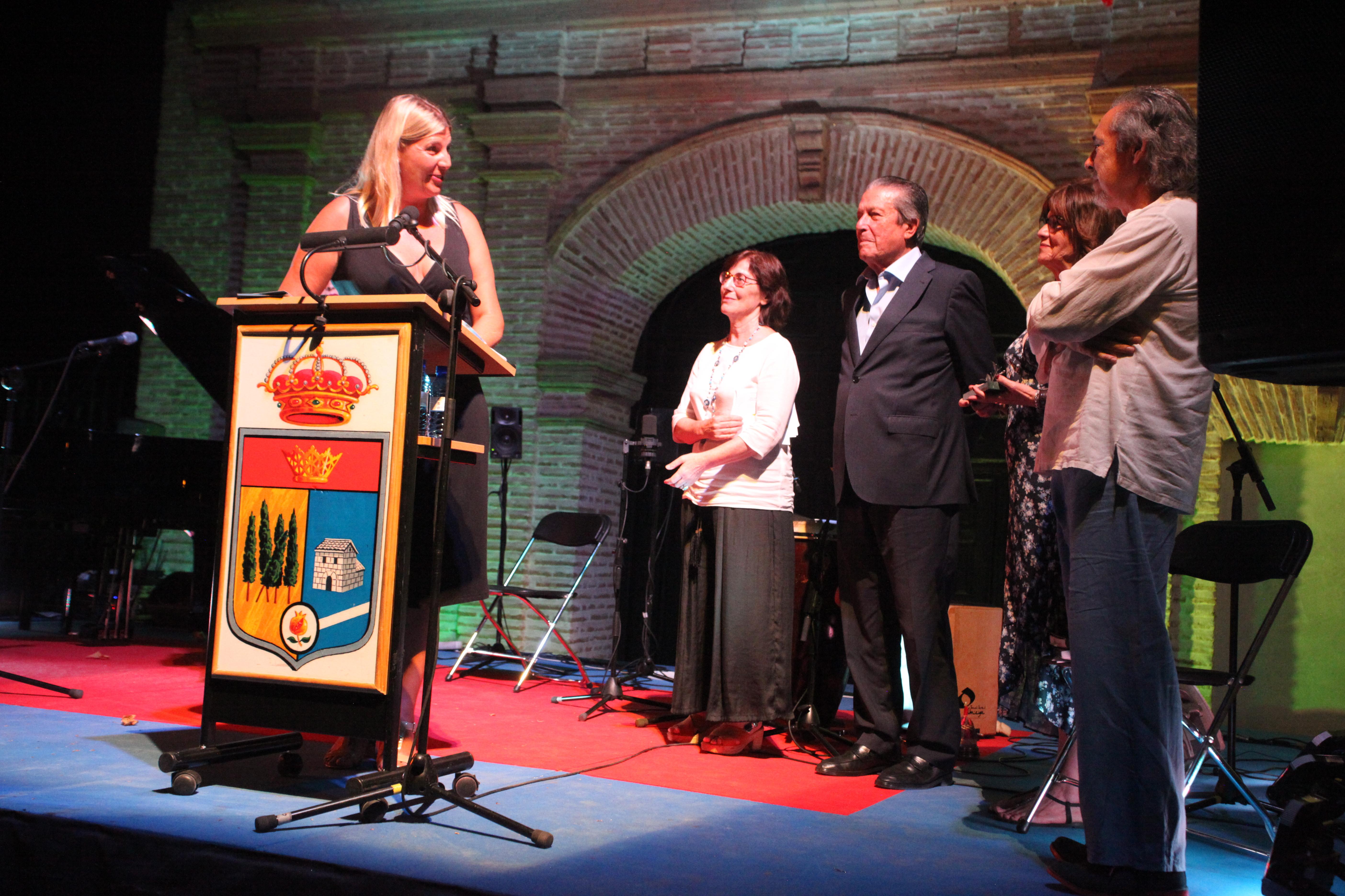 El XVI festival de poesía en el Laurel finaliza recordando la importancia de la mujer en la sociedad