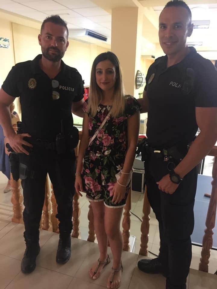La Policía Local de La Zubia dona sangre en beneficio de una niña con aplasia medular