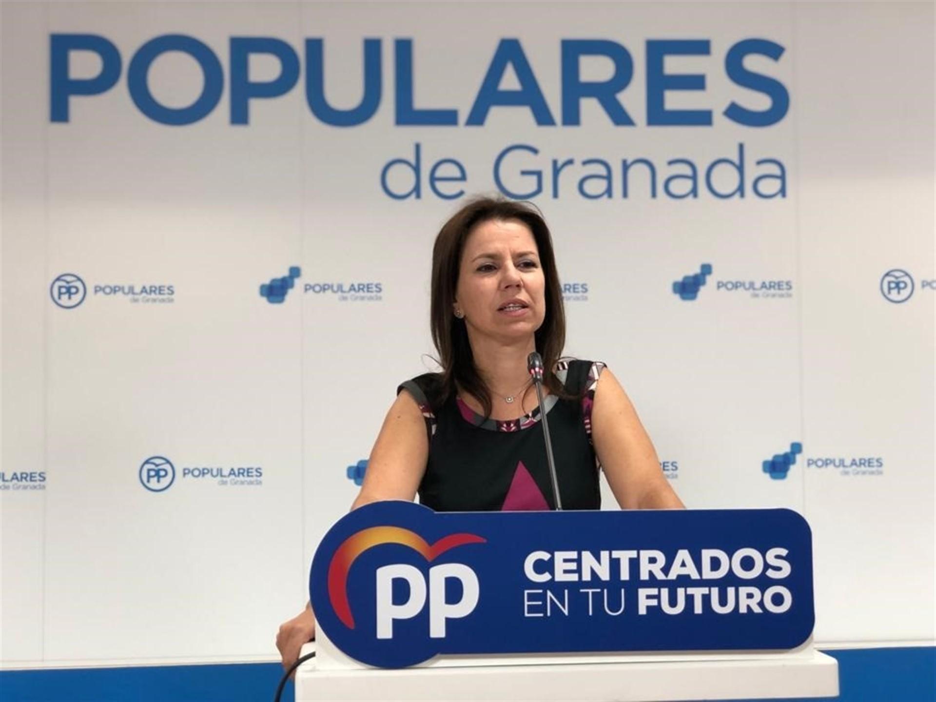 El PP pide la dimisión de Montero por «bloquear el pago de 150 millones de euros a la provincia»