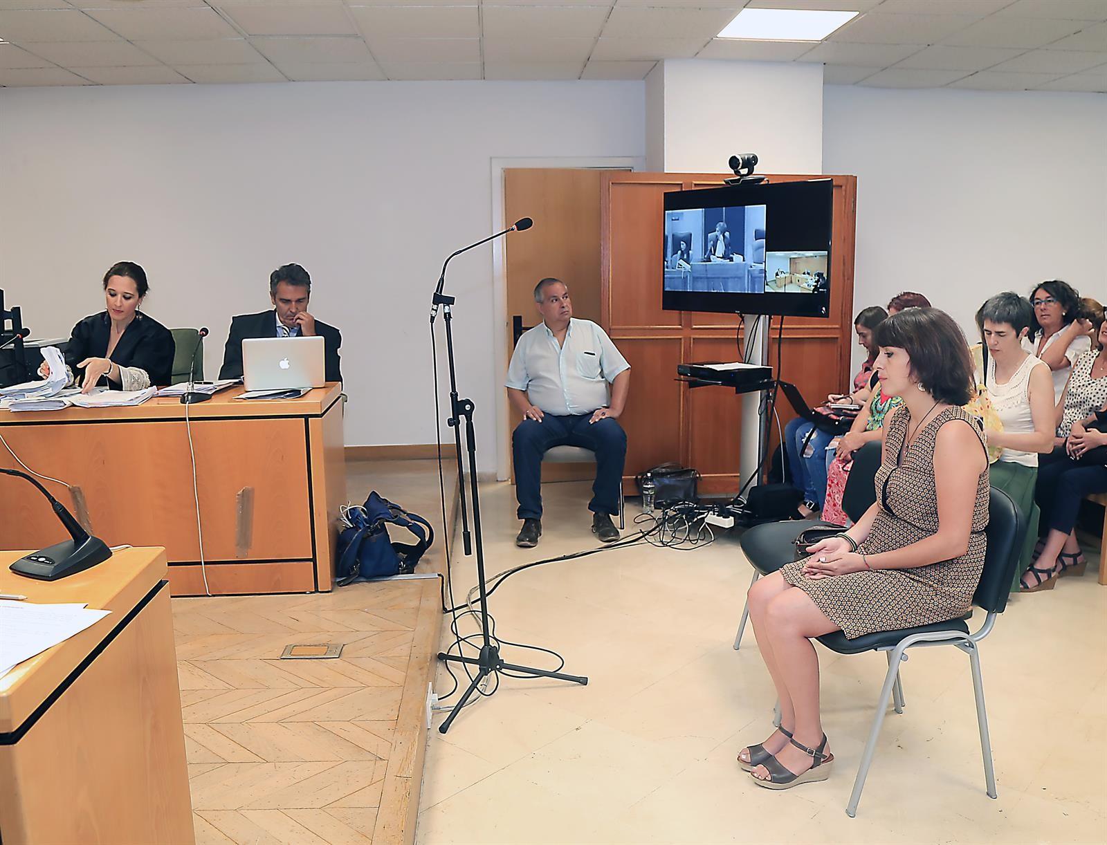 La Delegación del Gobierno tramita la documentación con la que Rivas pide protección para sus hijos