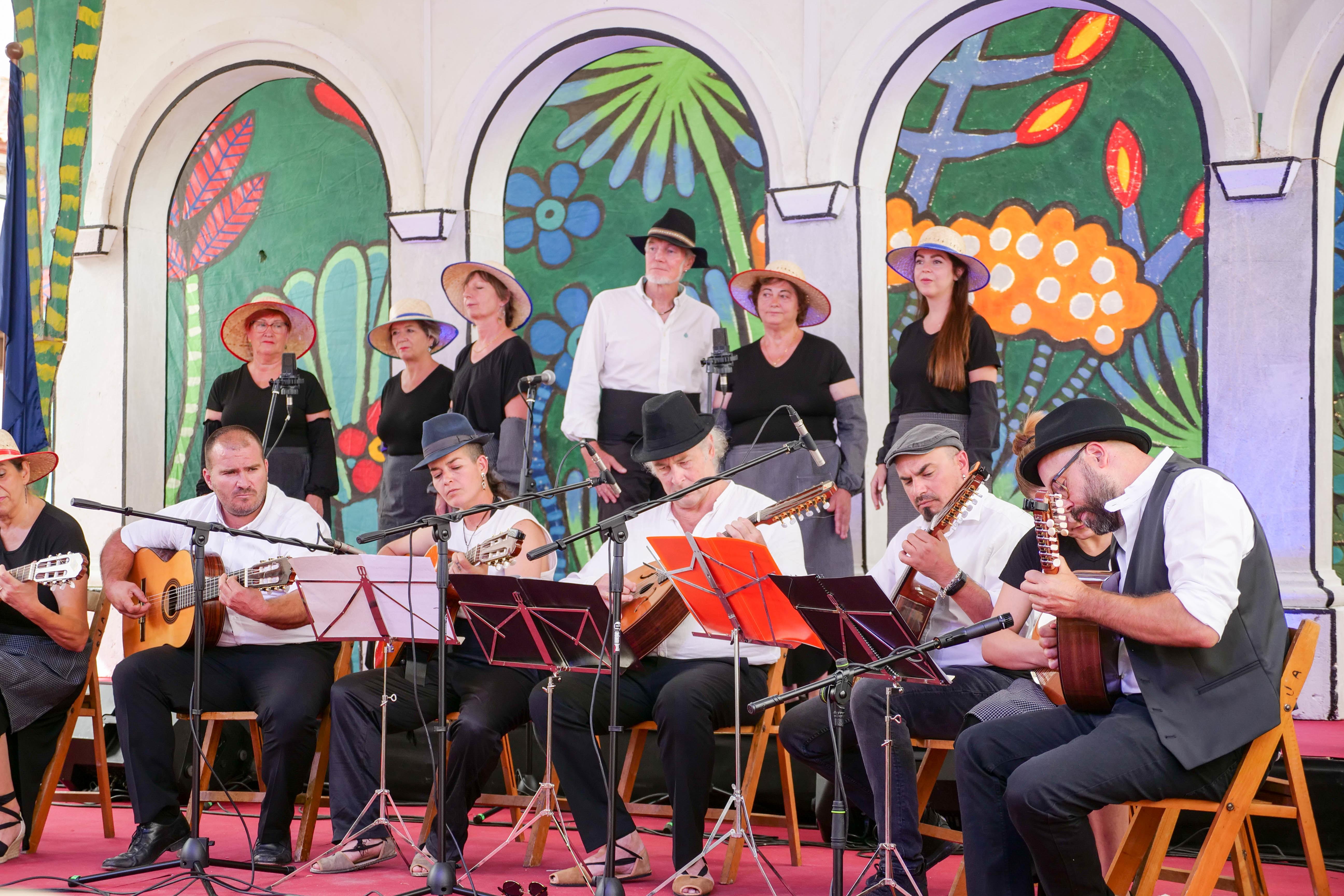 Pórtugos acogió a más de 15.000 personas en la celebración del XXXVIII Festival de Música Tradicional de la Alpujarra