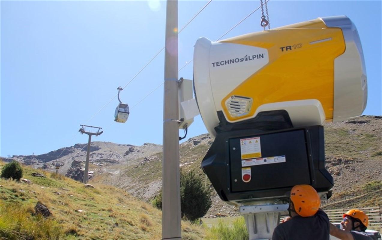 Sierra Nevada activa pruebas del sistema de producción de nieve a la espera de nuevas nevadas