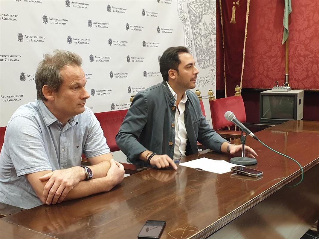 El PSOE exige explicaciones por el cierre del Pabellón Mulhacén