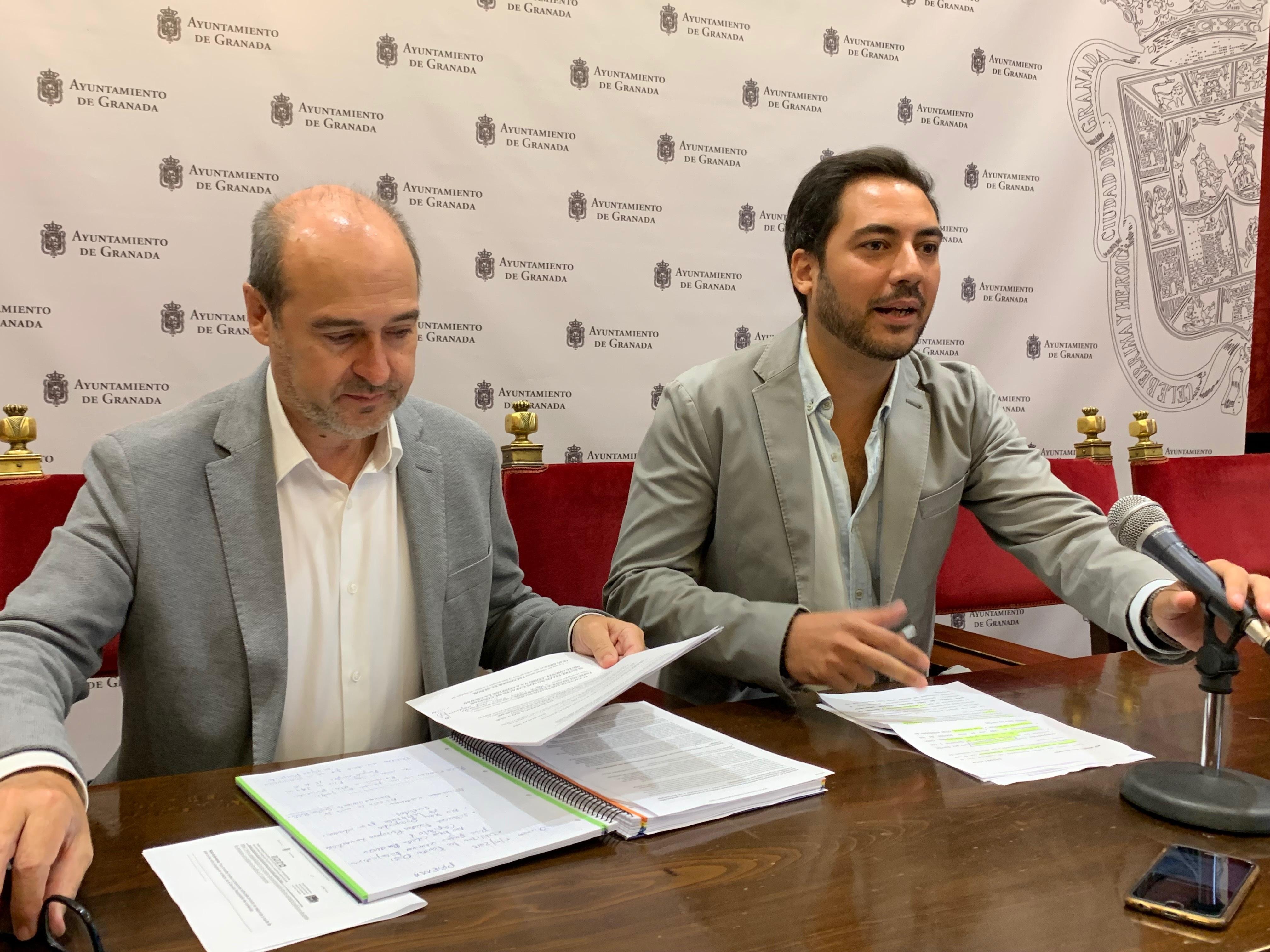 El PSOE estudia tomar medidas legales contra Olivares
