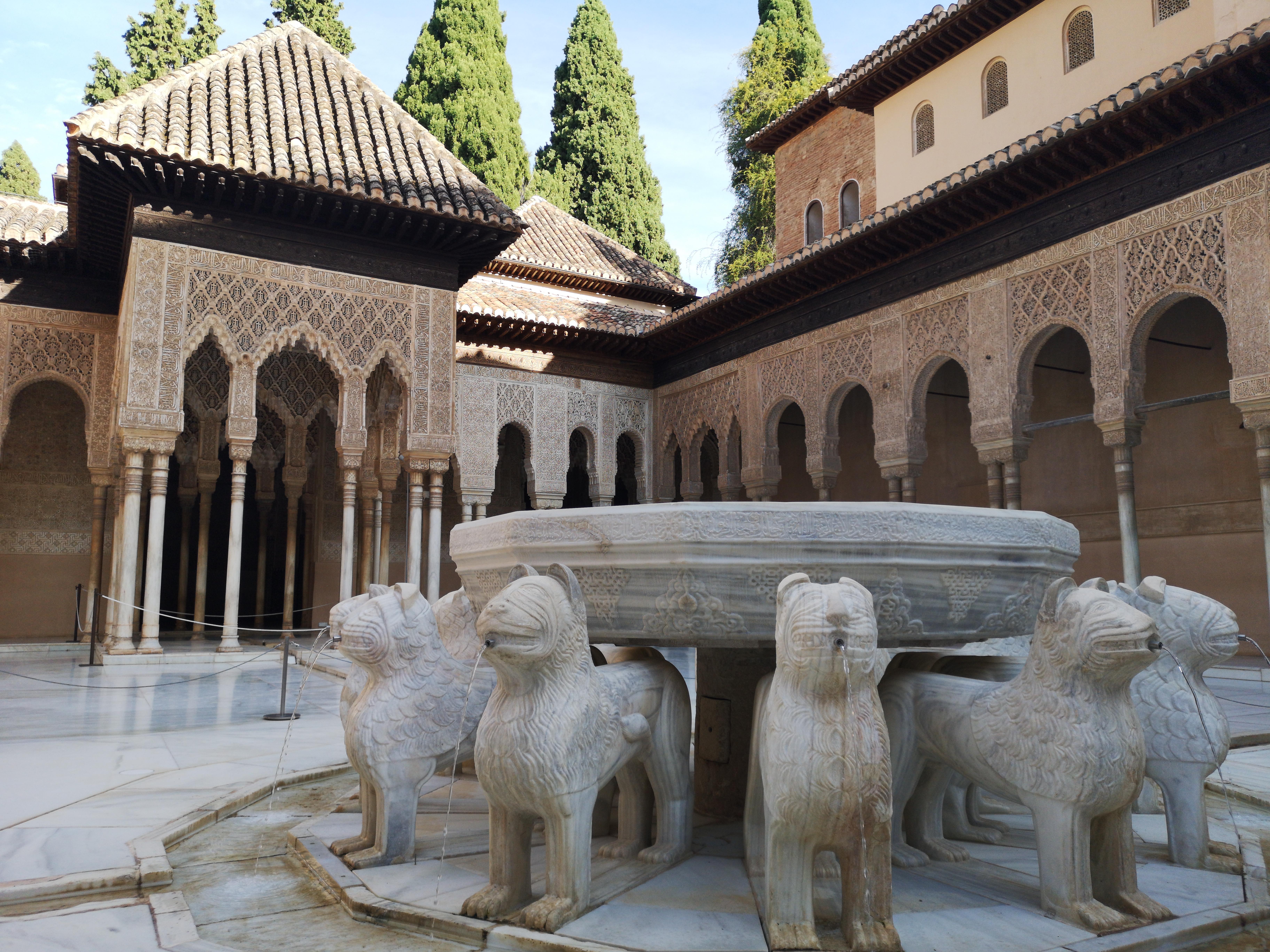 Granada y la Alhambra ofrecen treinta actividades hoy por el Día del Patrimonio Mundial