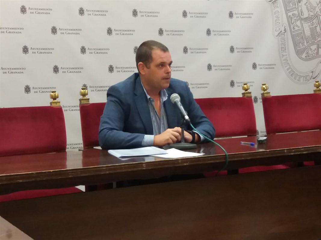 Vox pide no celebrar el Día de la Cruz para cumplir el luto decretado en la ciudad