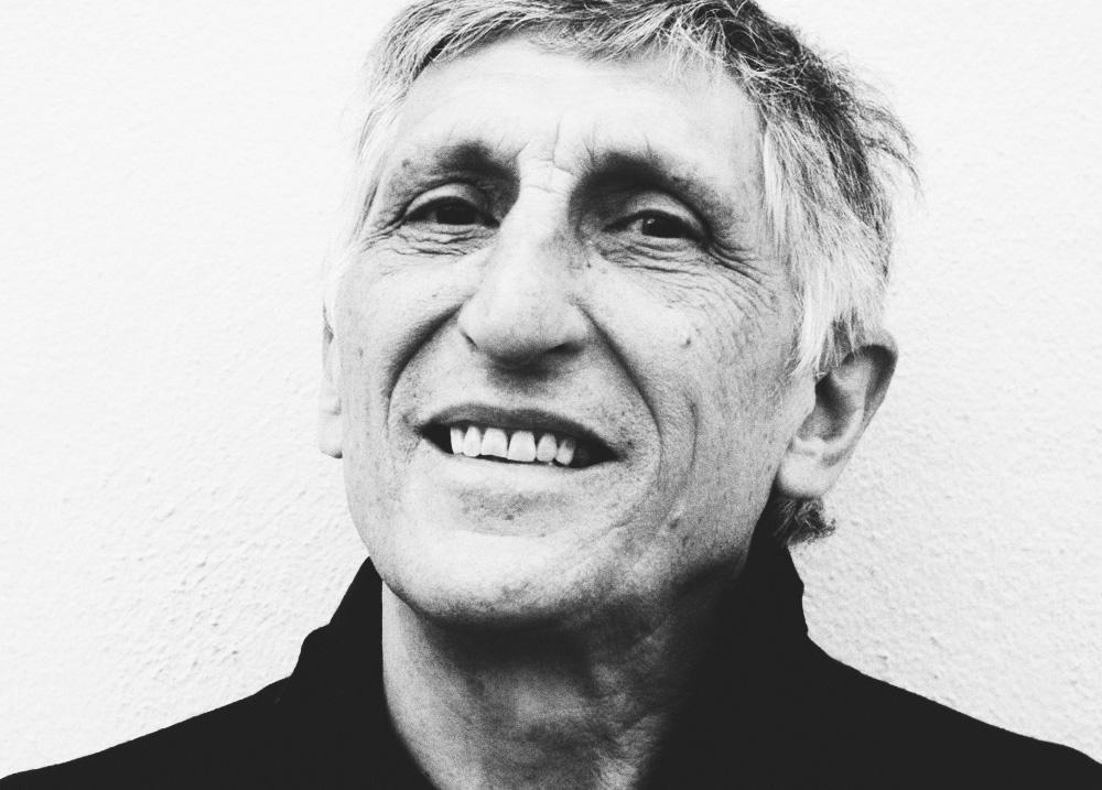 El poeta Sánchez Muros participa en la próxima cita de 'Poesía en el Jardín'