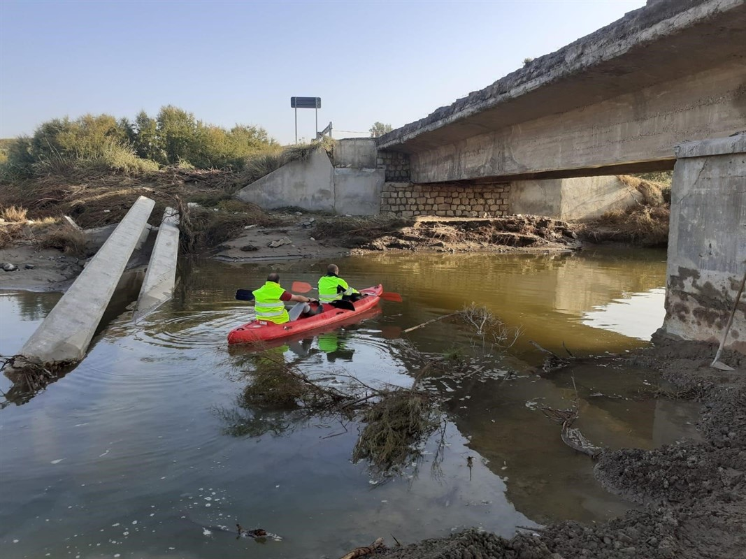 La Junta inicia los trabajos para reconstruir el puente de Baza a Benamaurel