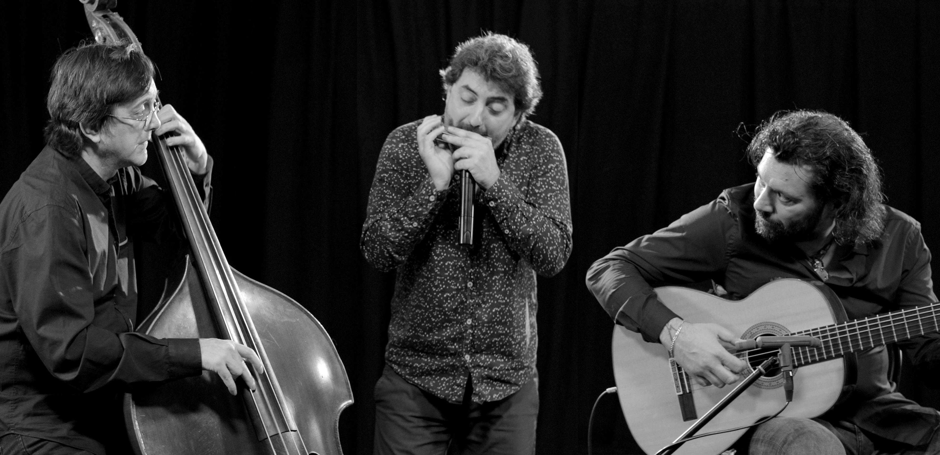 Josemi Carmona, Antonio Serrano y Javier Colina acercan el jazz a Montefrío