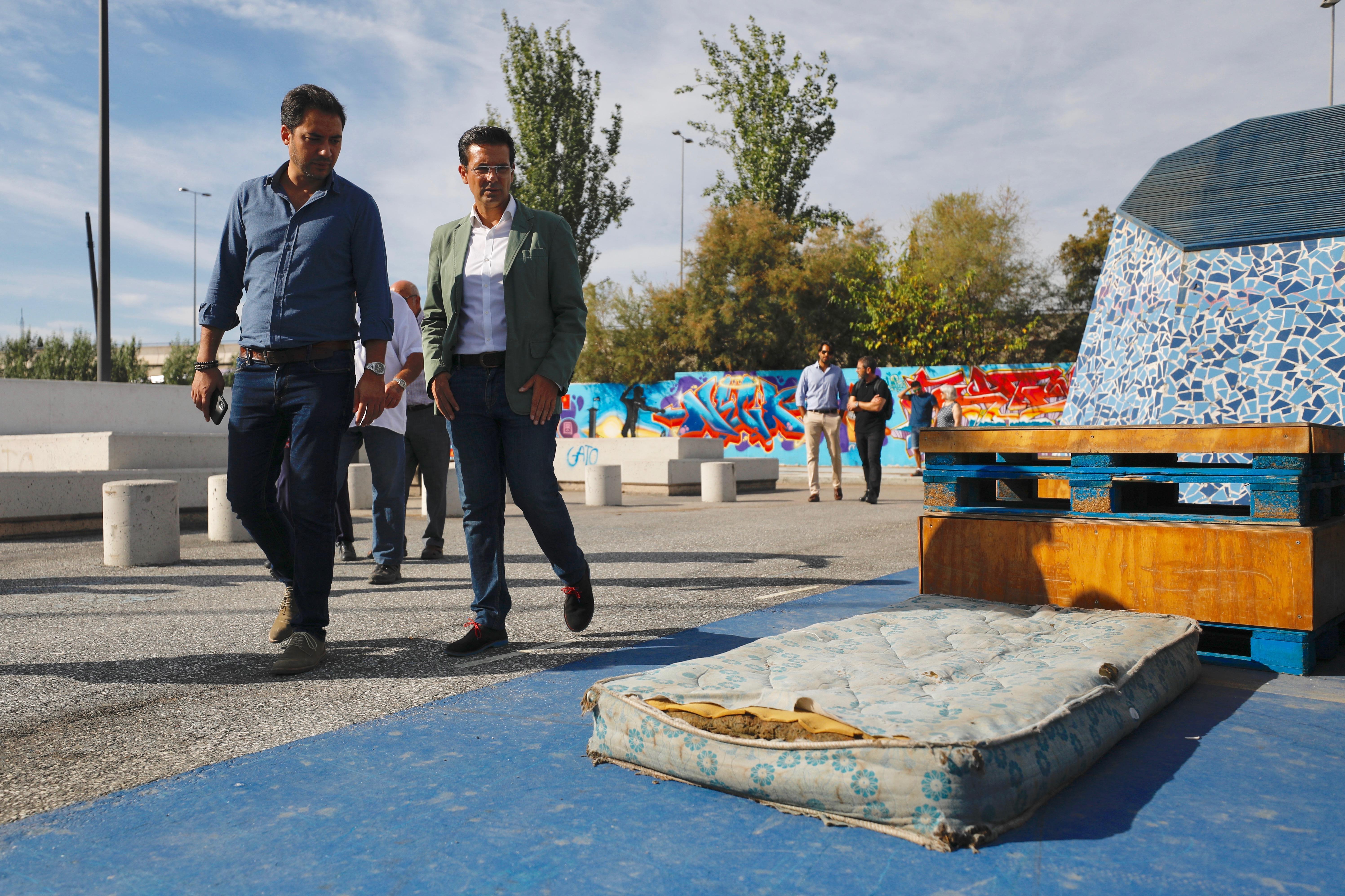 El PSOE exige al Ayuntamiento que limpie el antiguo botellódromo