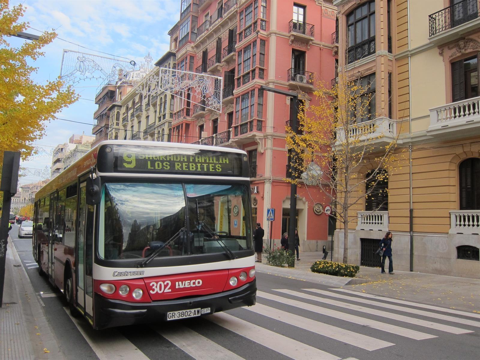Ayuntamiento y Transportes Rober forman a la plantilla en accesibilidad y atención al usuario