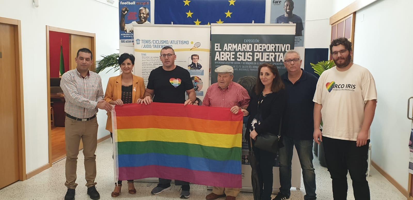 Purullena acoge una exposición sobre la diversidad sexual en el deporte
