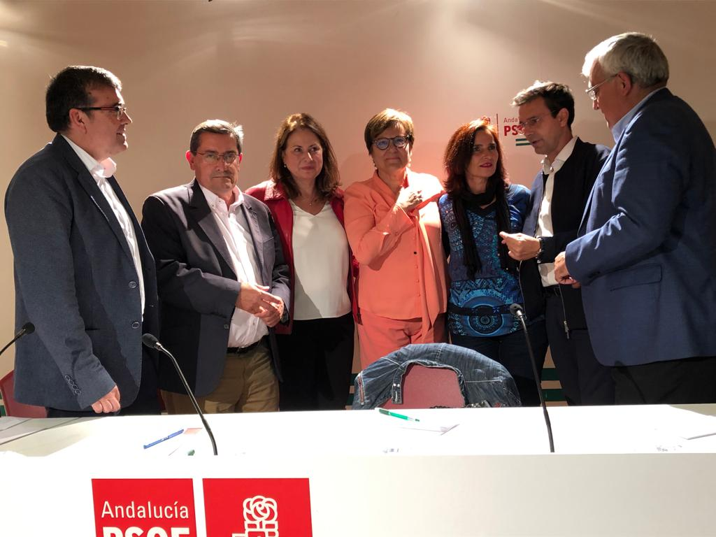 """El PSOE defiende que la universidad """"sea un logro y no un privilegio"""" y aboga por incrementar el sistema de becas a partir del 10-N"""