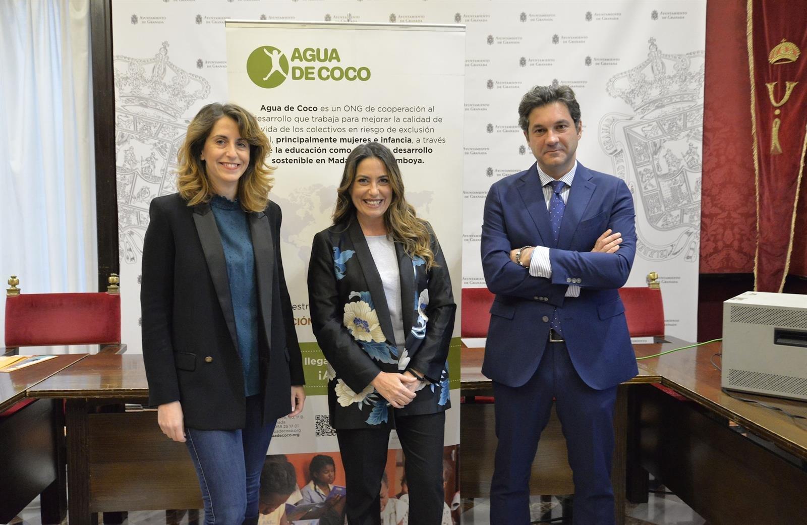 El Auditorio Manuel de Falla acoge el fin de gira de los 25 años de la fundación Agua de Coco