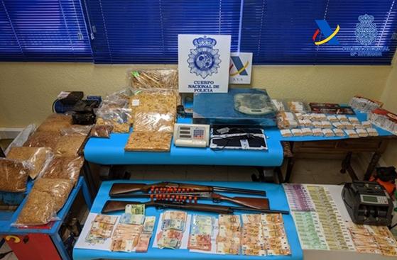 Chauchina, implicada en una operación contra el contrabando de tabaco con 18 detenidos