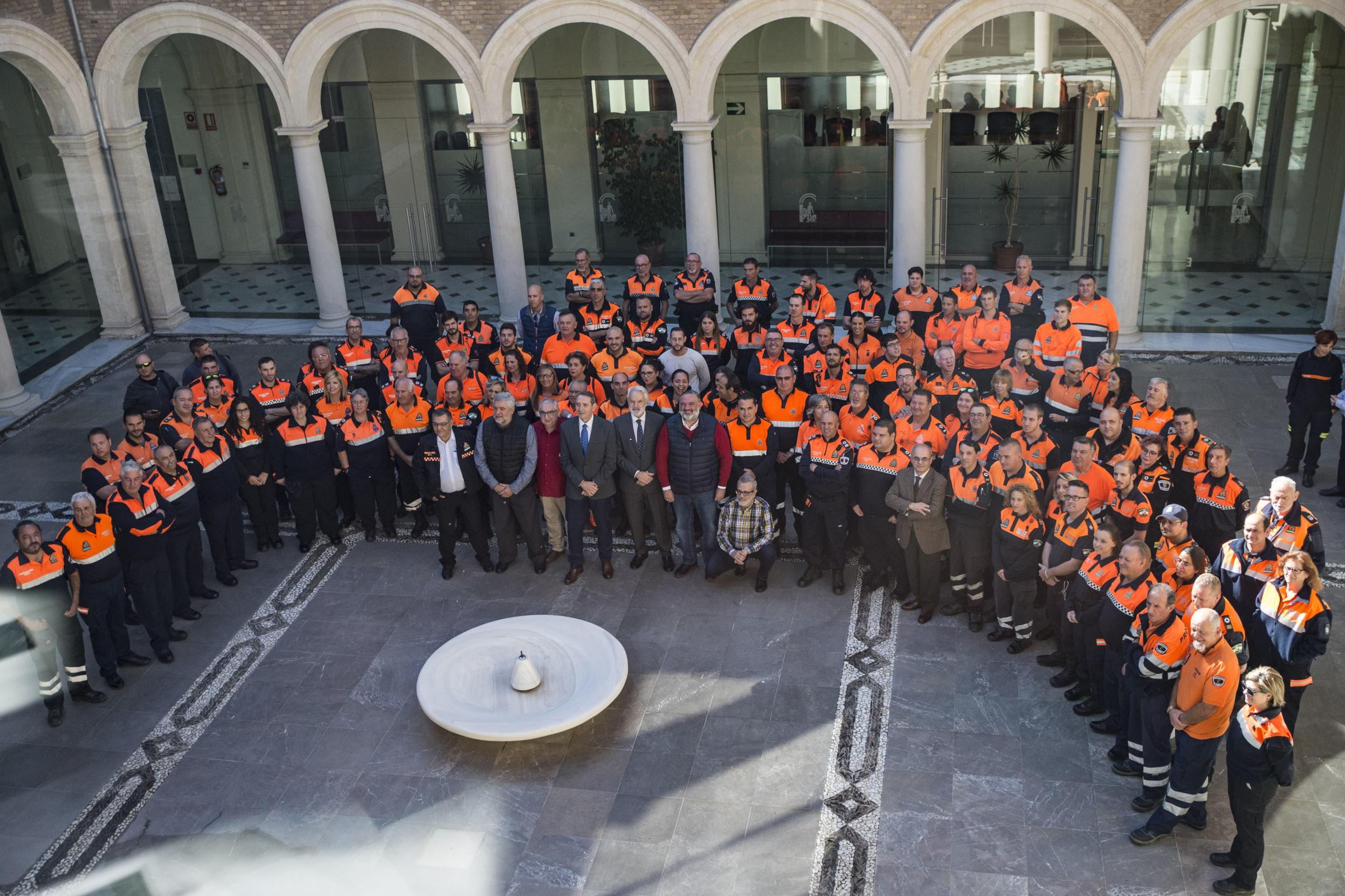 Voluntarios de Protección Civil analizan los retos de su actividad en unas jornadas