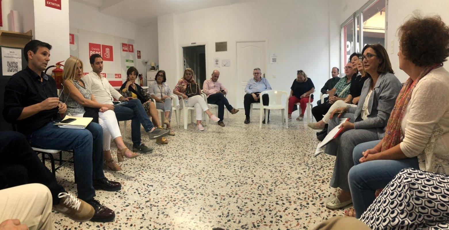 El PSOE impulsa acciones contra el «cierre» del centro de salud de Mirasierra