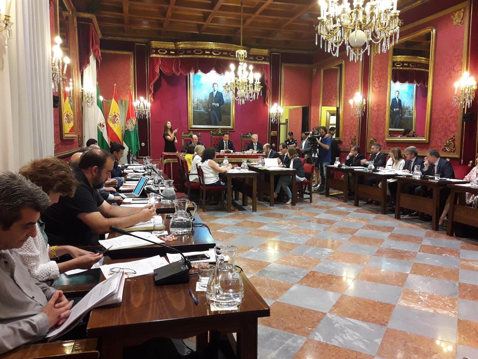 El Pleno aprueba una moción de condena a los actos violentos contra la sentencia del 'procés'