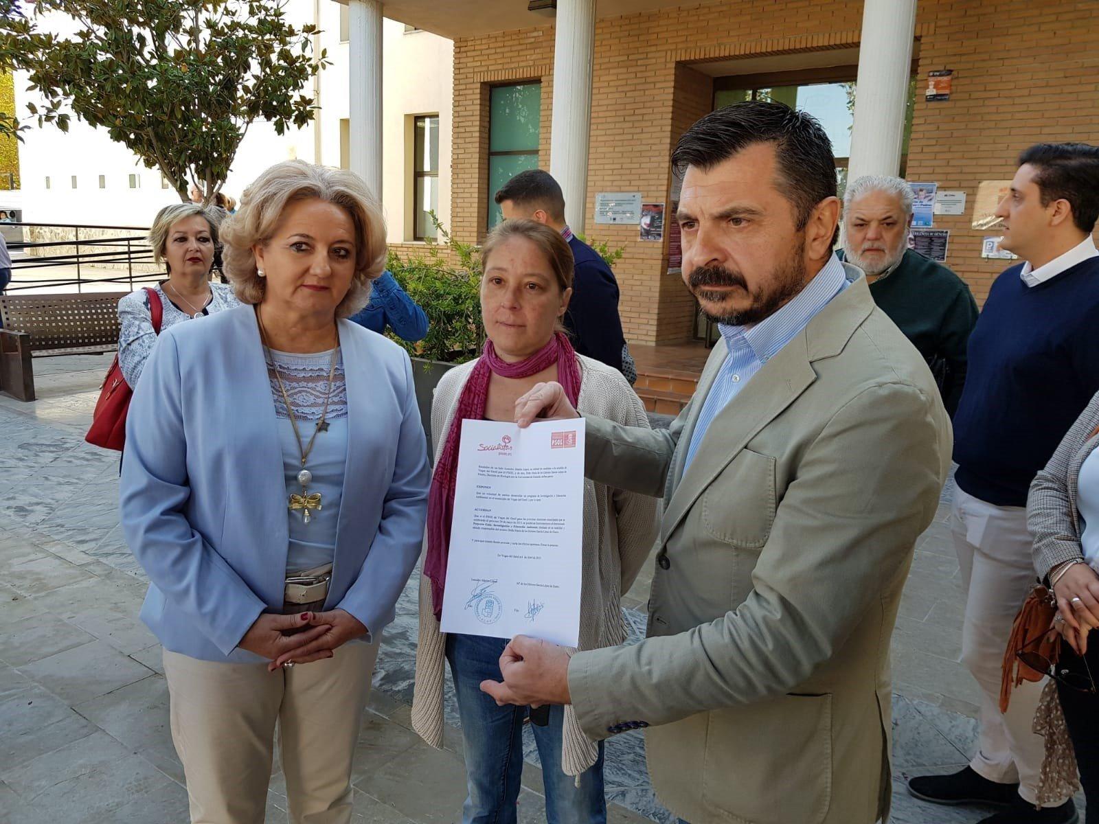 El alcalde de Vegas emplaza a la vecina que dijo que el PSOE compró su voto que se ratifique ante el juez