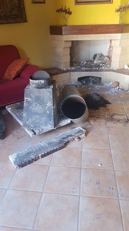 Rescatan a un joven atrapado en una chimenea cuando iba a robar en una vivienda del Albaicín
