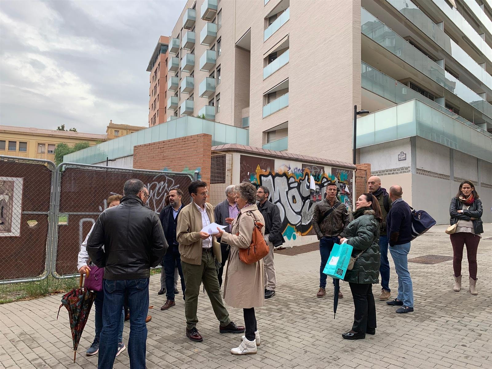 El PSOE exige el impulso del proyecto deportivo en un solar de San Lázaro