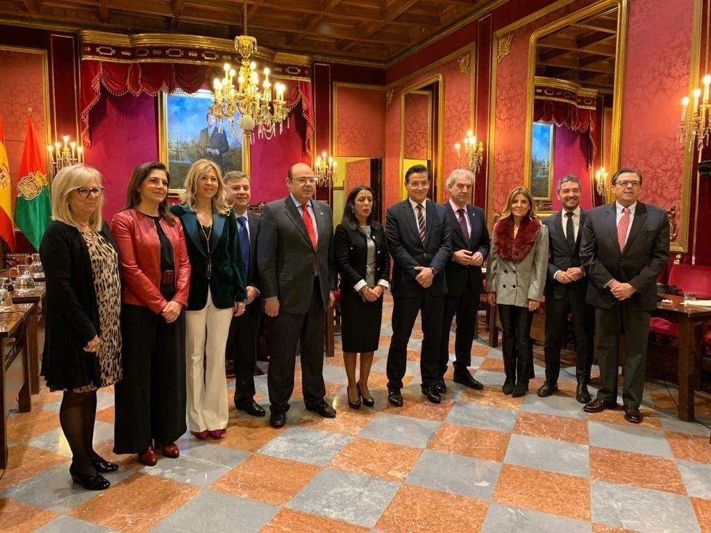 El Parlamento andaluz asegura su colaboración en el proyecto de la Capitalidad Cultural