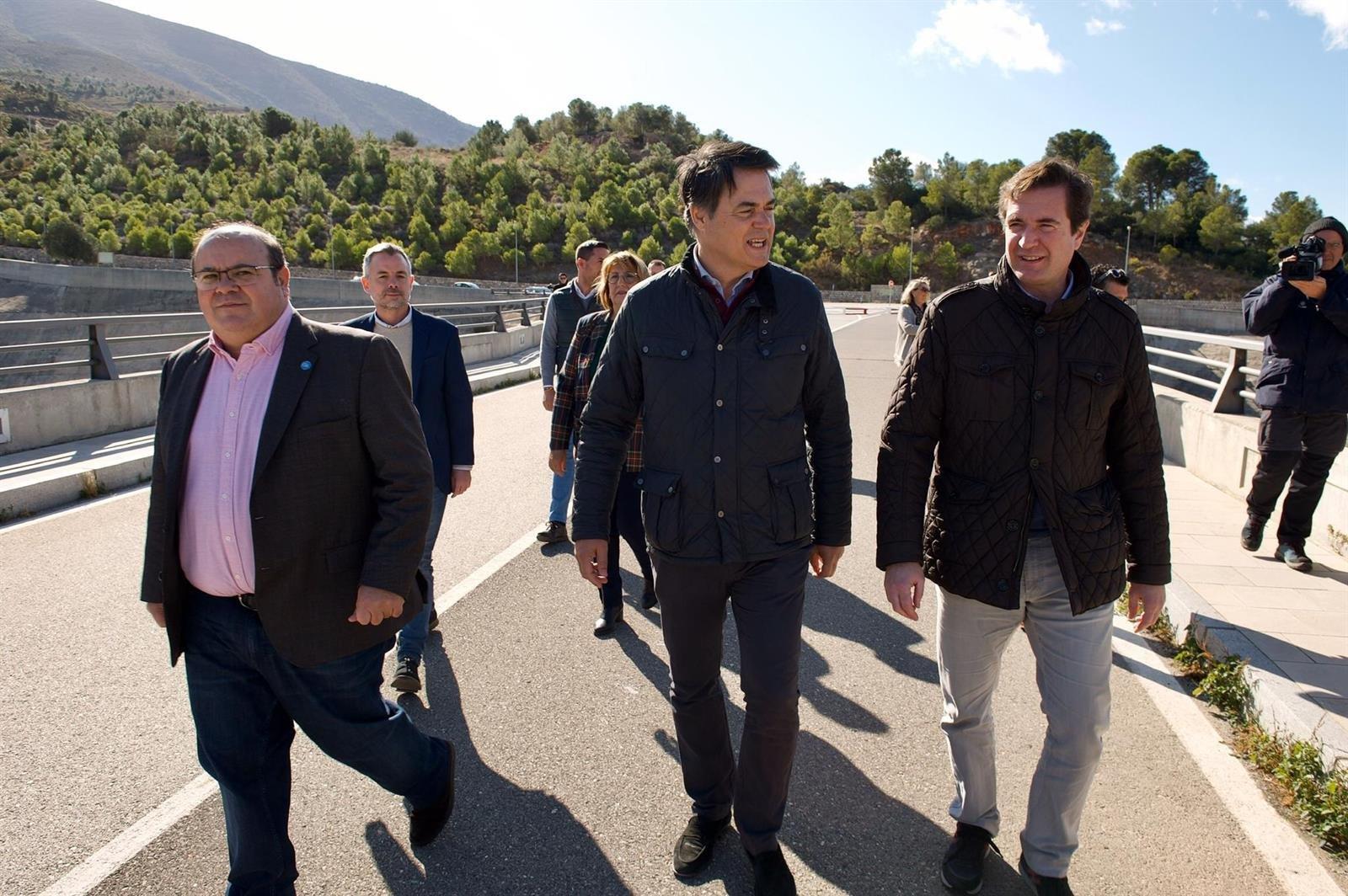 #10N: Los candidatos del PP defienden el compromiso de Casado con las infraestructuras de la provincia
