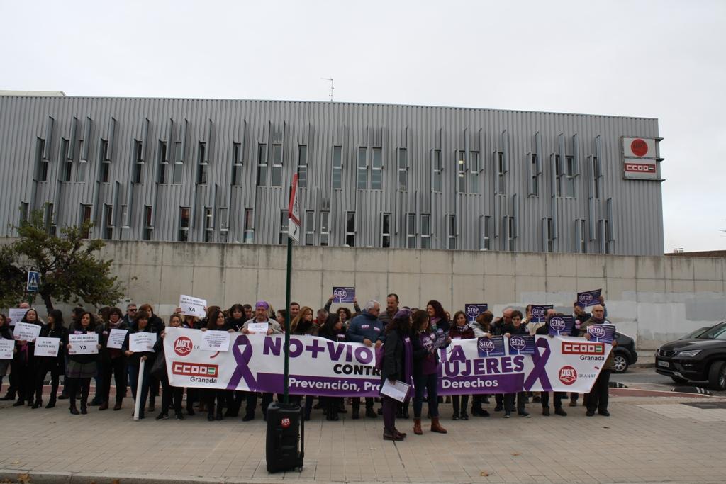 Los sindicatos reafirman en Granada su total condena a la violencia machista