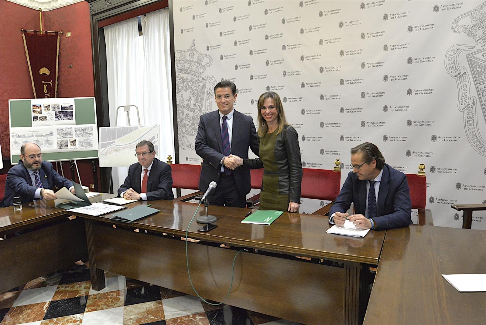 La Alhambra invertirá 1,8 millones de euros en la rehabilitación del Paseo de Romayla