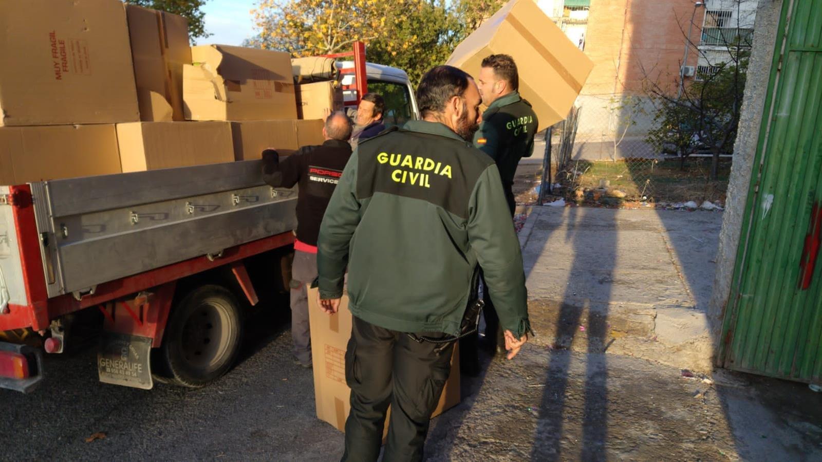 Detenido en Pinos Puente por robar en la parte de la carga de un camión