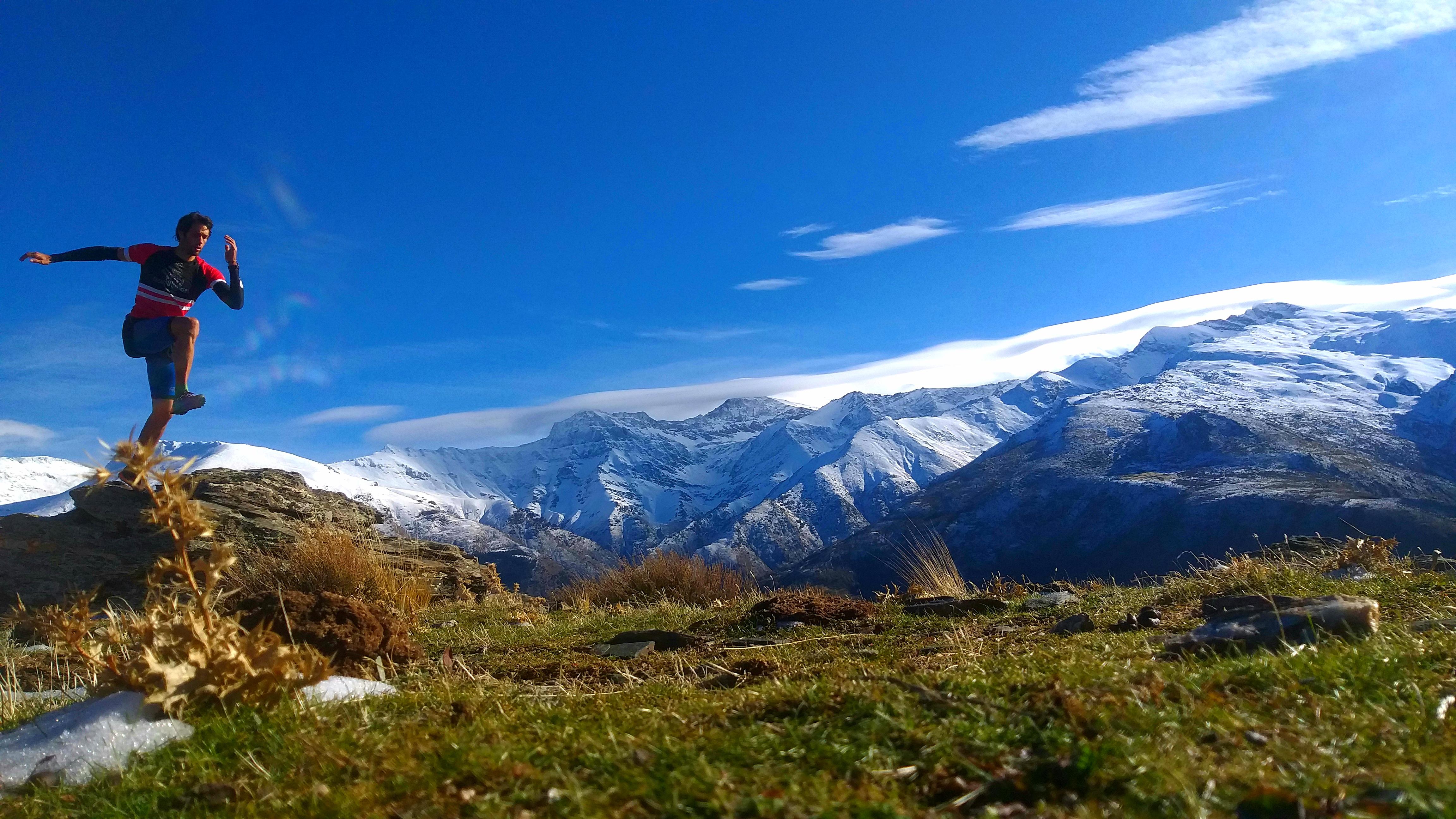 Rescatan a dos montañeros que se habían perdido en Güéjar Sierra