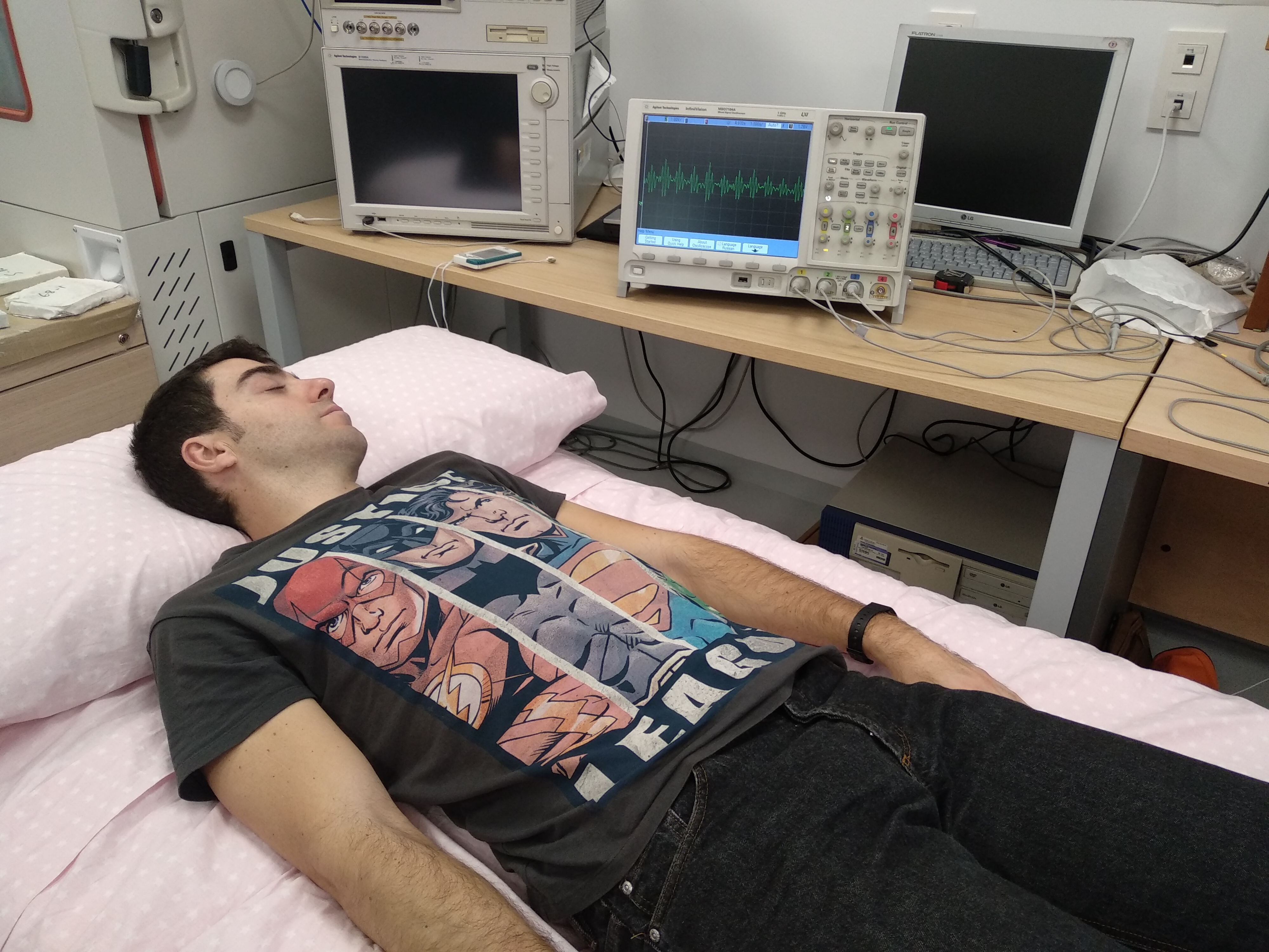 Investigadores de la Universidad de Granada diseñan una cama para evaluar la calidad del sueño durante el descanso