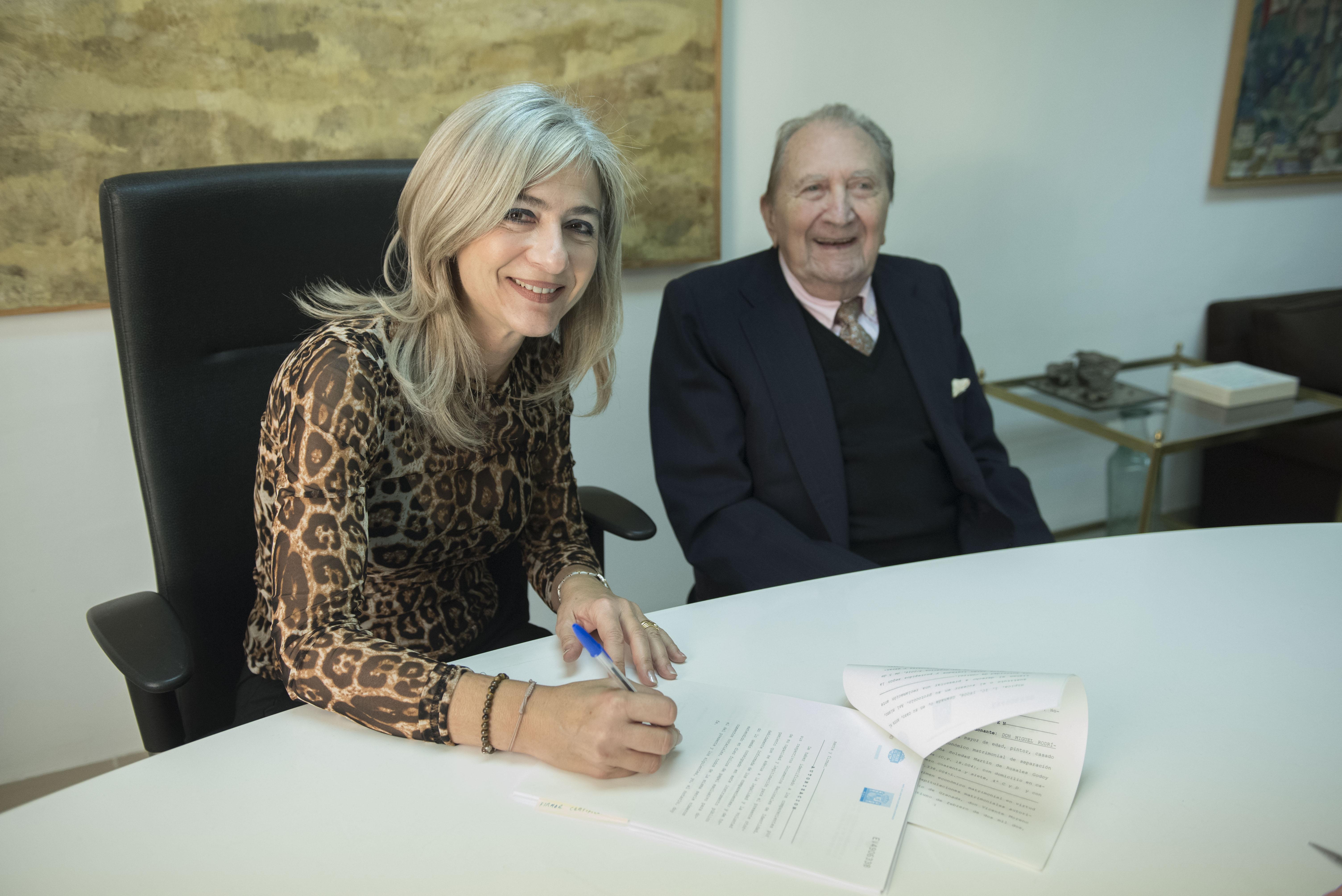 La Fundación Rodríguez-Acosta amplía su fondo documental con 145 obras más donadas por su presidente de Honor