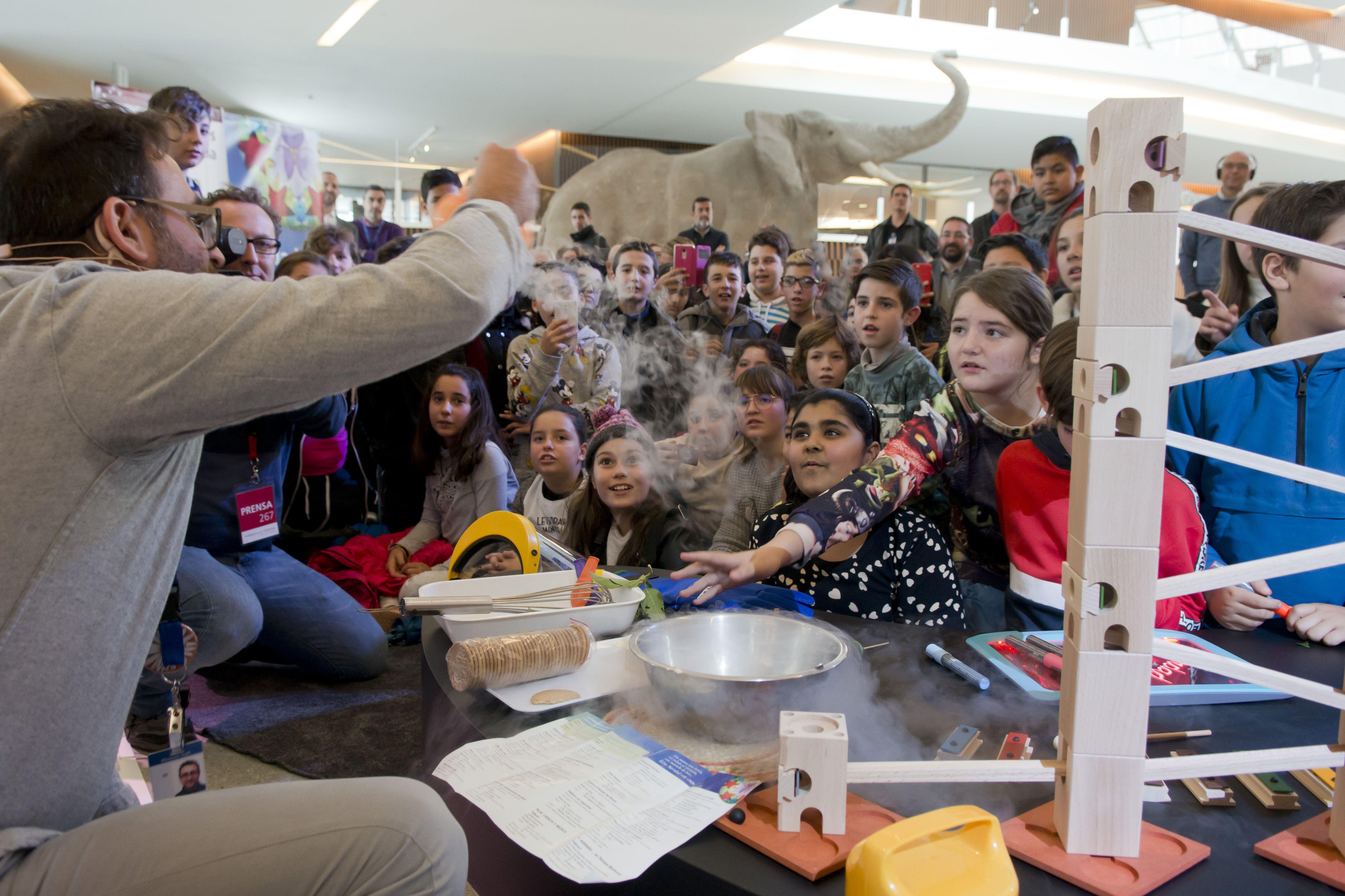 Un 'escape room' científico anuncia el comienzo de la Navidad en el Parque de las Ciencias