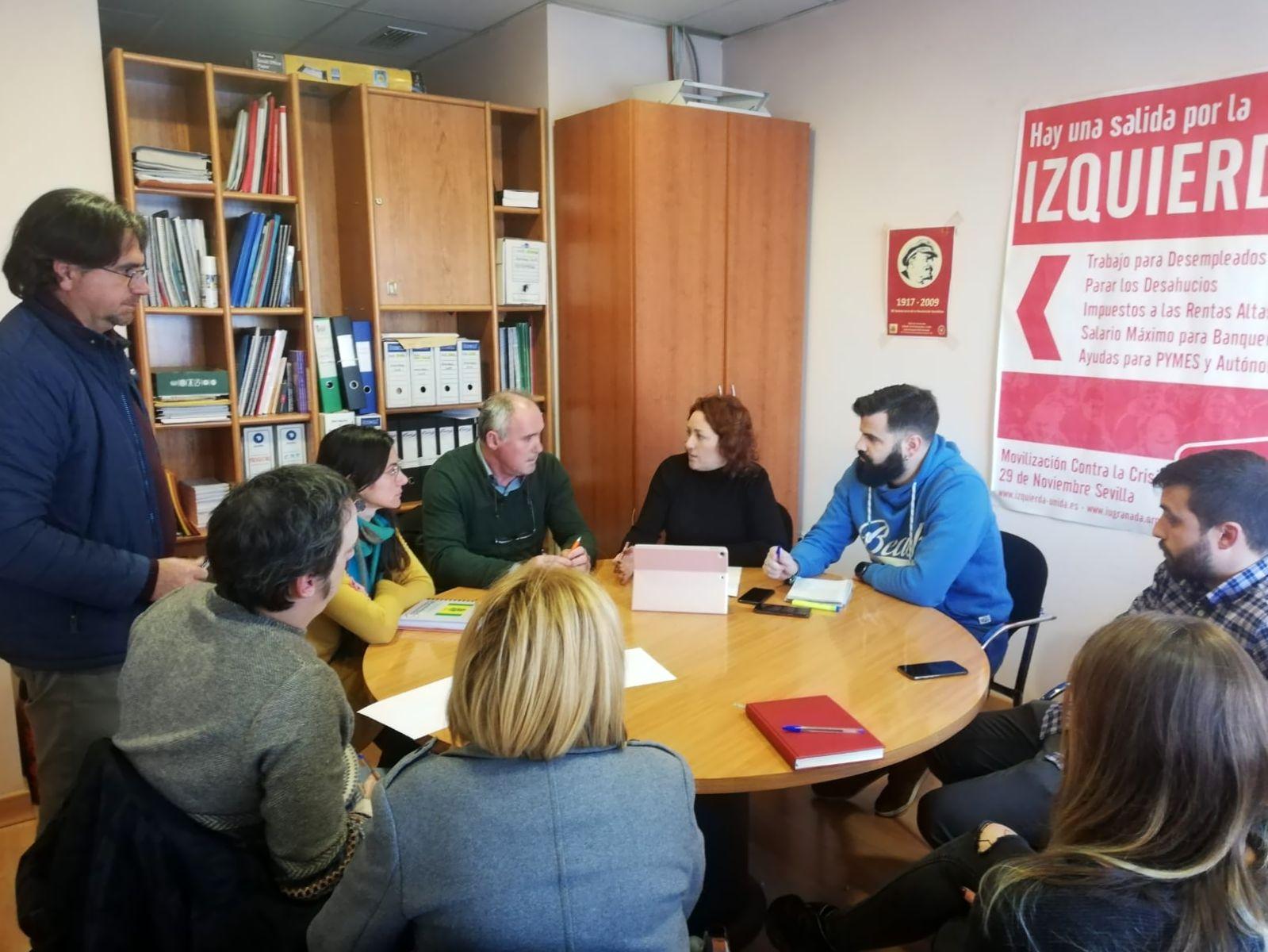 IU apoya las movilizaciones organizadas por las asociaciones agrarias