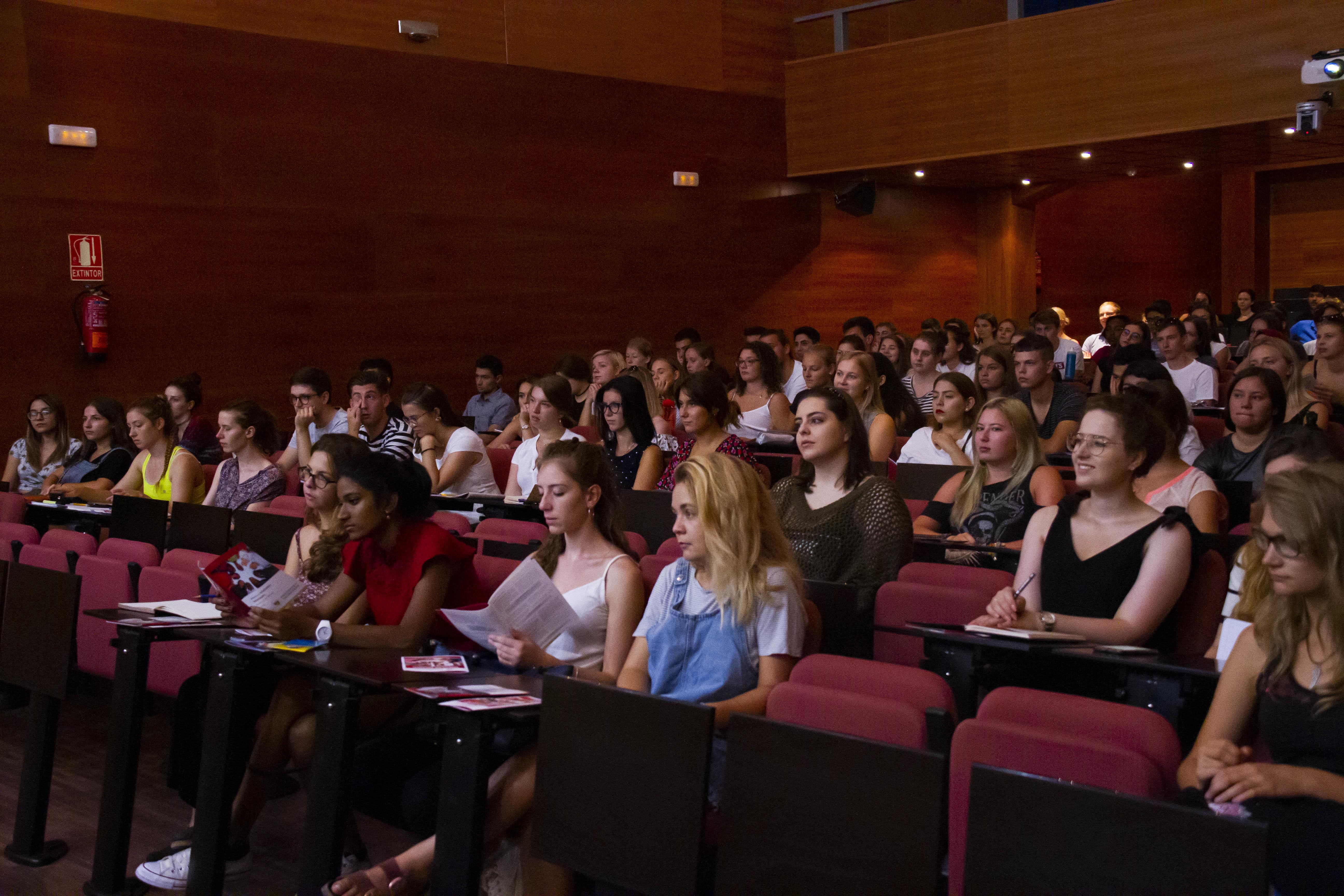 900 estudiantes internacionales participan en las Jornadas de Recepción de la Universidad de Granada