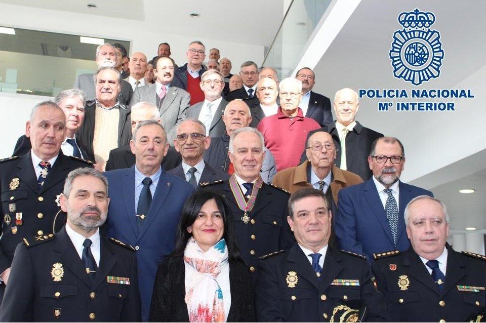 La Policía Nacional celebra en Granada el 196 aniversario de su creación