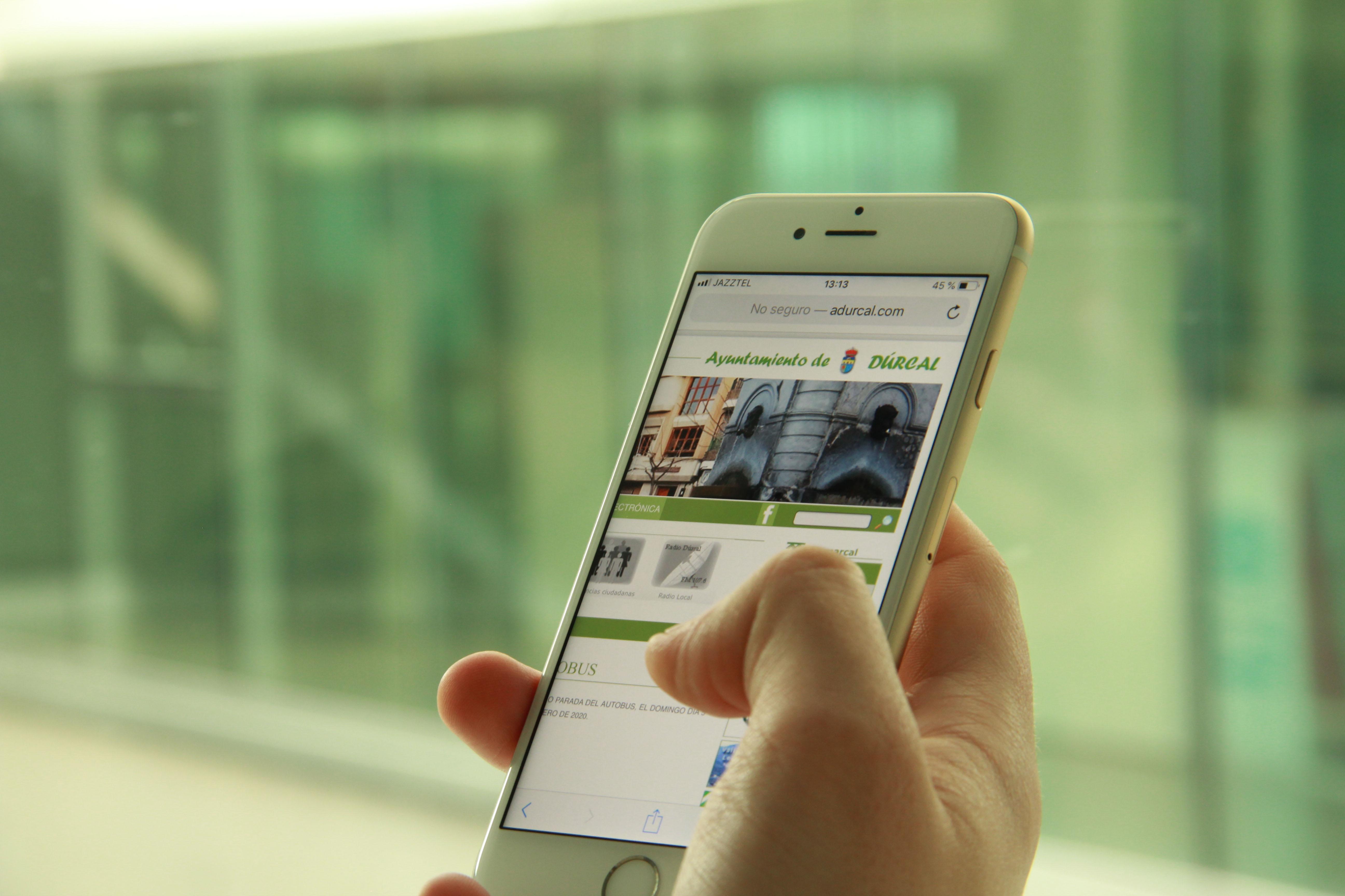 Las webs de los ayuntamientos de la provincia serán accesibles desde el móvil