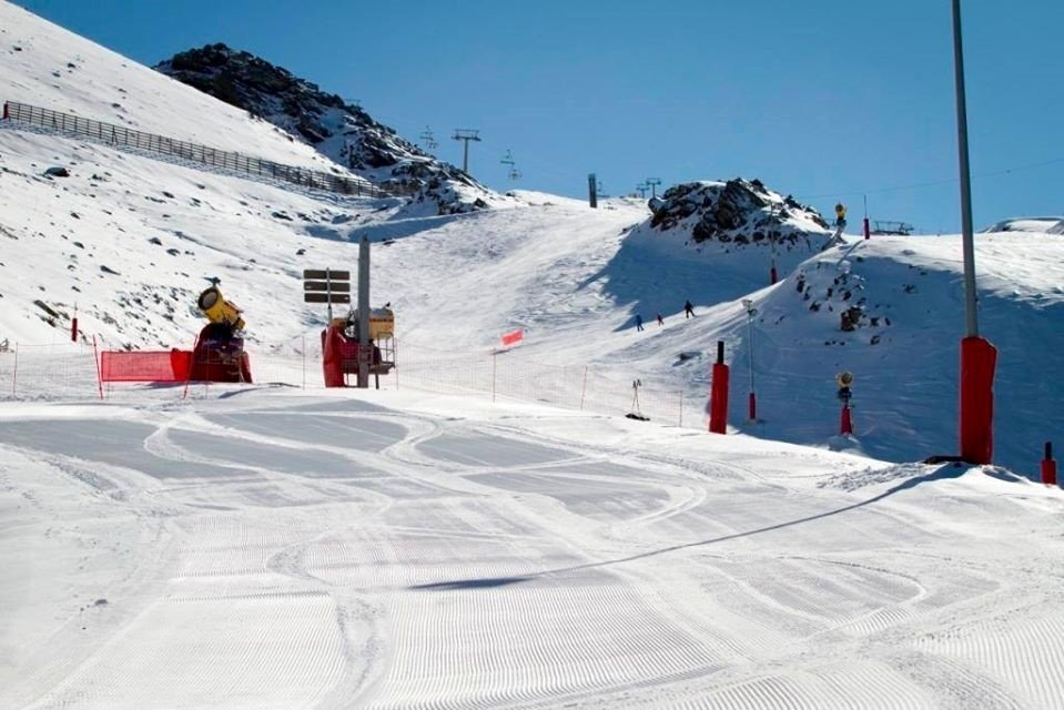 Sierra Nevada cuenta ya con 56 kilómetros esquiables