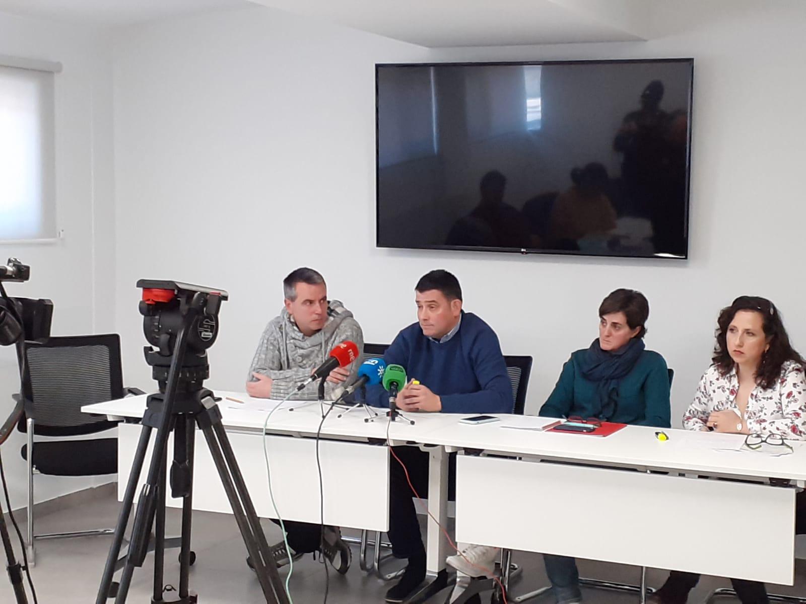 Los sindicatos se oponen al recorte de unidades educativas y de docentes en la provincia de Granada