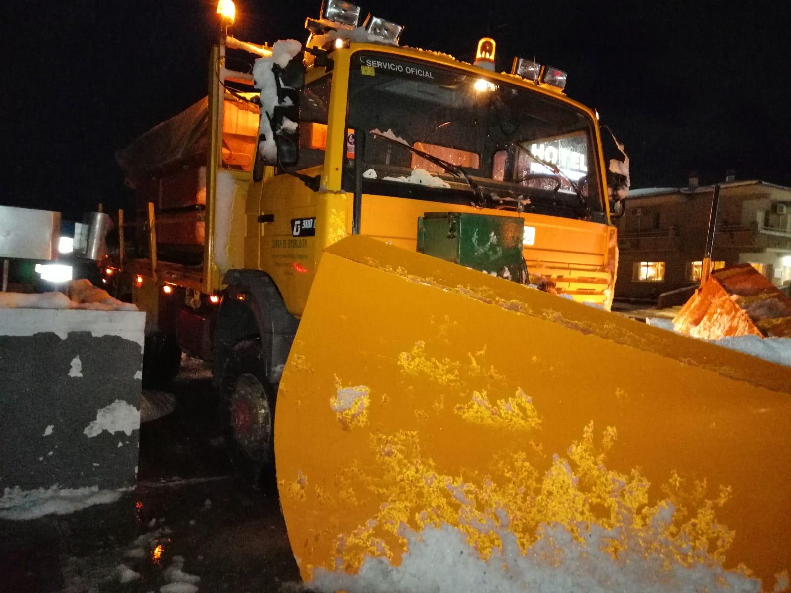 La A92 permanecerá cerrada previsiblemente hasta el martes por la mañana