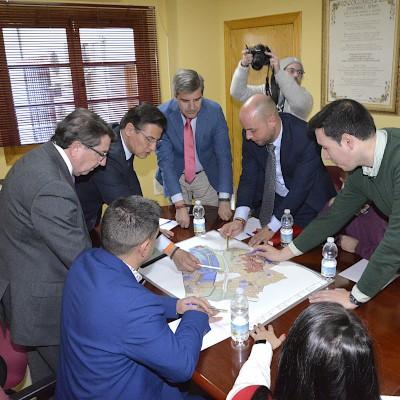 Acuerdo entre Granada y municipios del Área Metropolitana para ofrecer suelo industrial