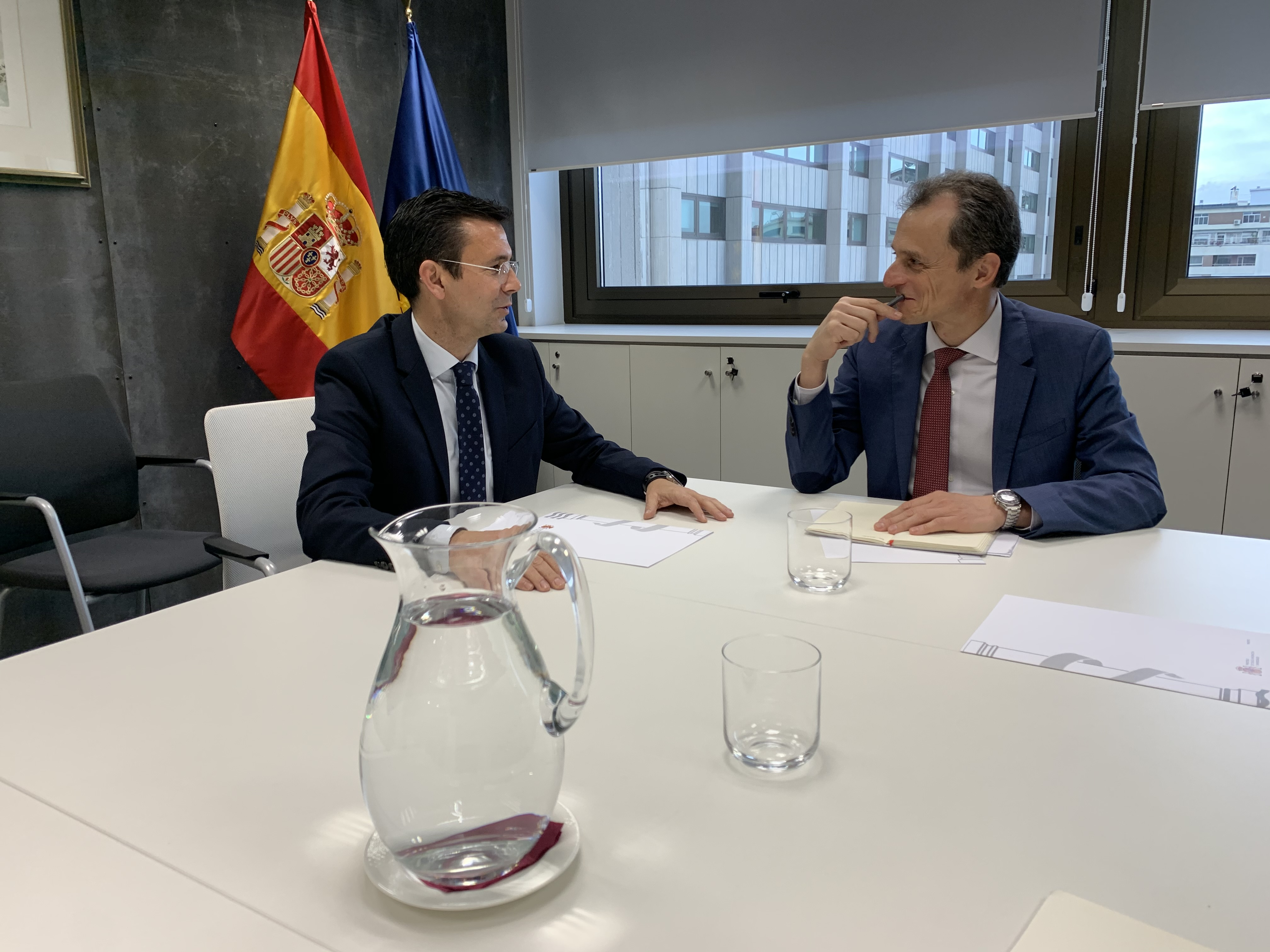 Cuenca comparte con el Ministro de Ciencia la necesidad de activar el consorcio para el acelerador de partículas
